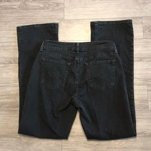 Lee Riders mid rise boot cut jeans size 10